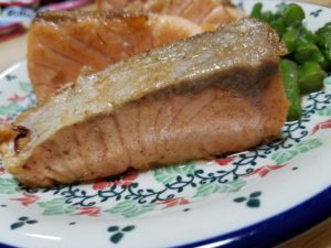 salmon rare steak1